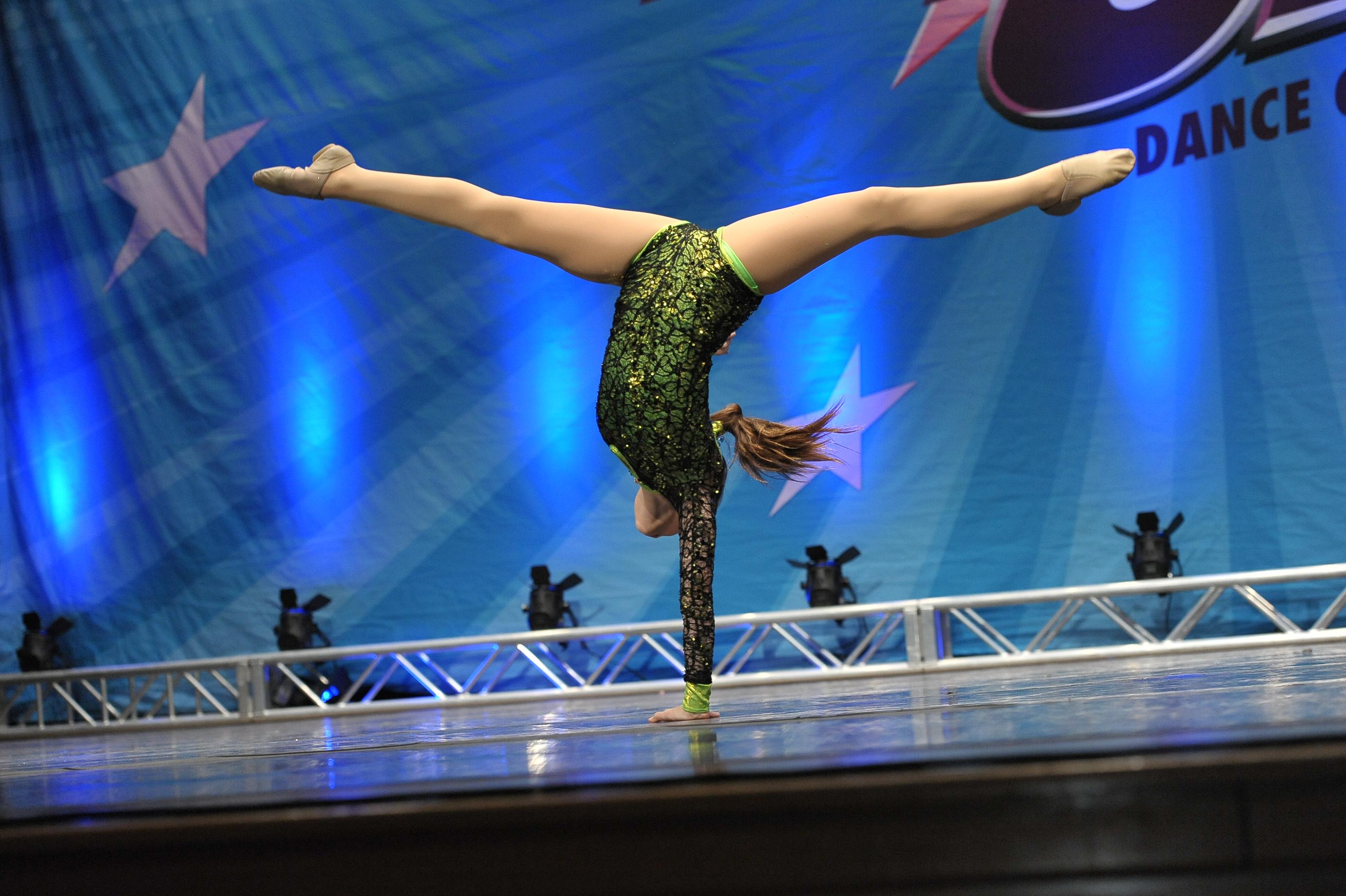 Linx news wellesley ma acrobatic dance certification enhances linx dance programs xflitez Choice Image